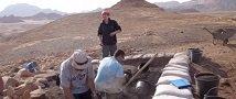 """תגלית ארכיאולוגית בתמנע: חוקרים מצאו שרידי בגדים מימי ממלכת ישראל, מהמאה ה-10 לפנה""""ס"""